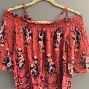 Rewind off the shoulder floral blouse size M
